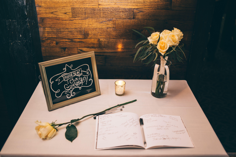 Tavolo libro ~ Guest book table our wedding libro tavolo libro e