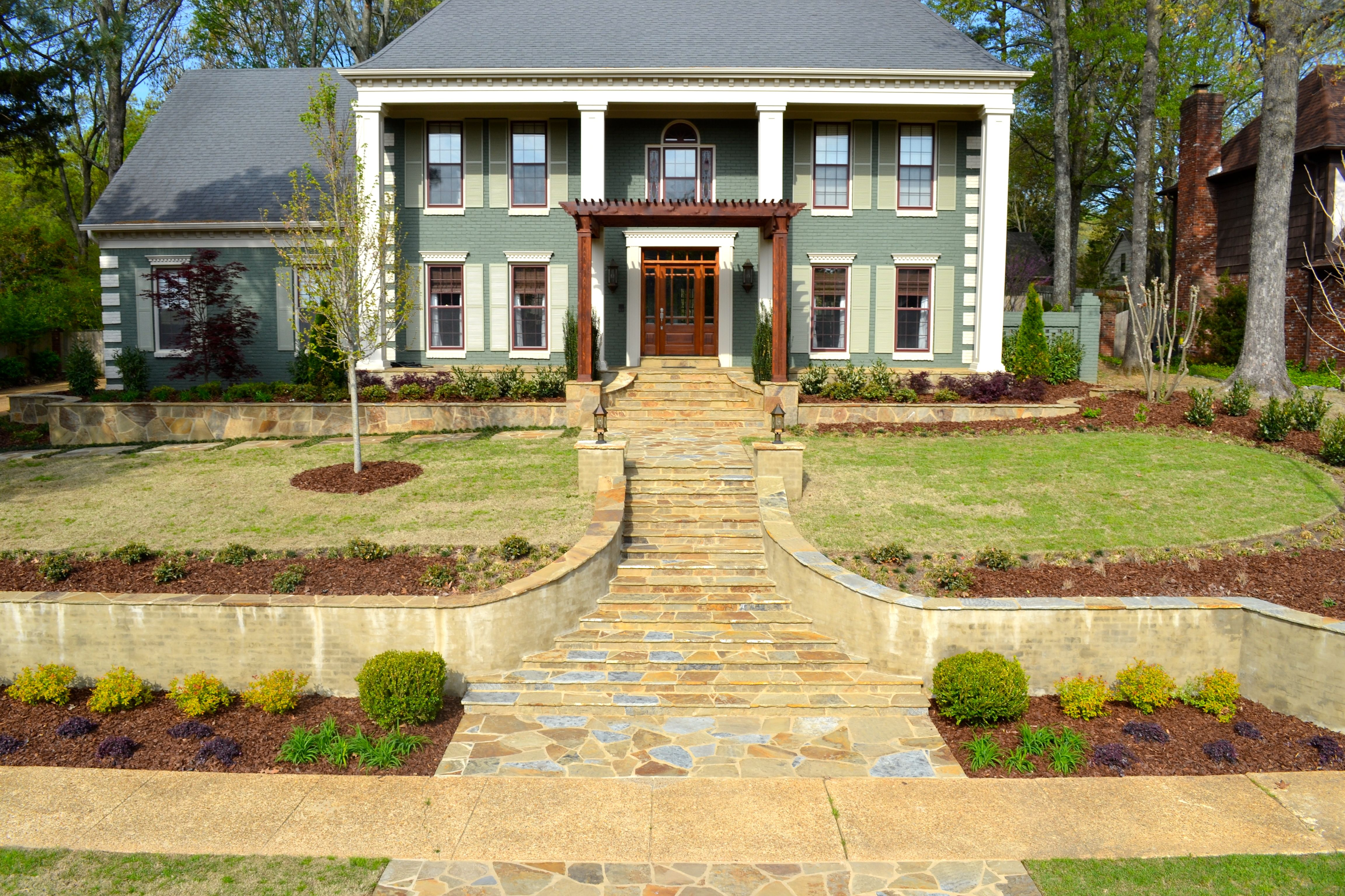 Pin by Chasity Goodson on front yard | Pinterest | Curb appeal ...