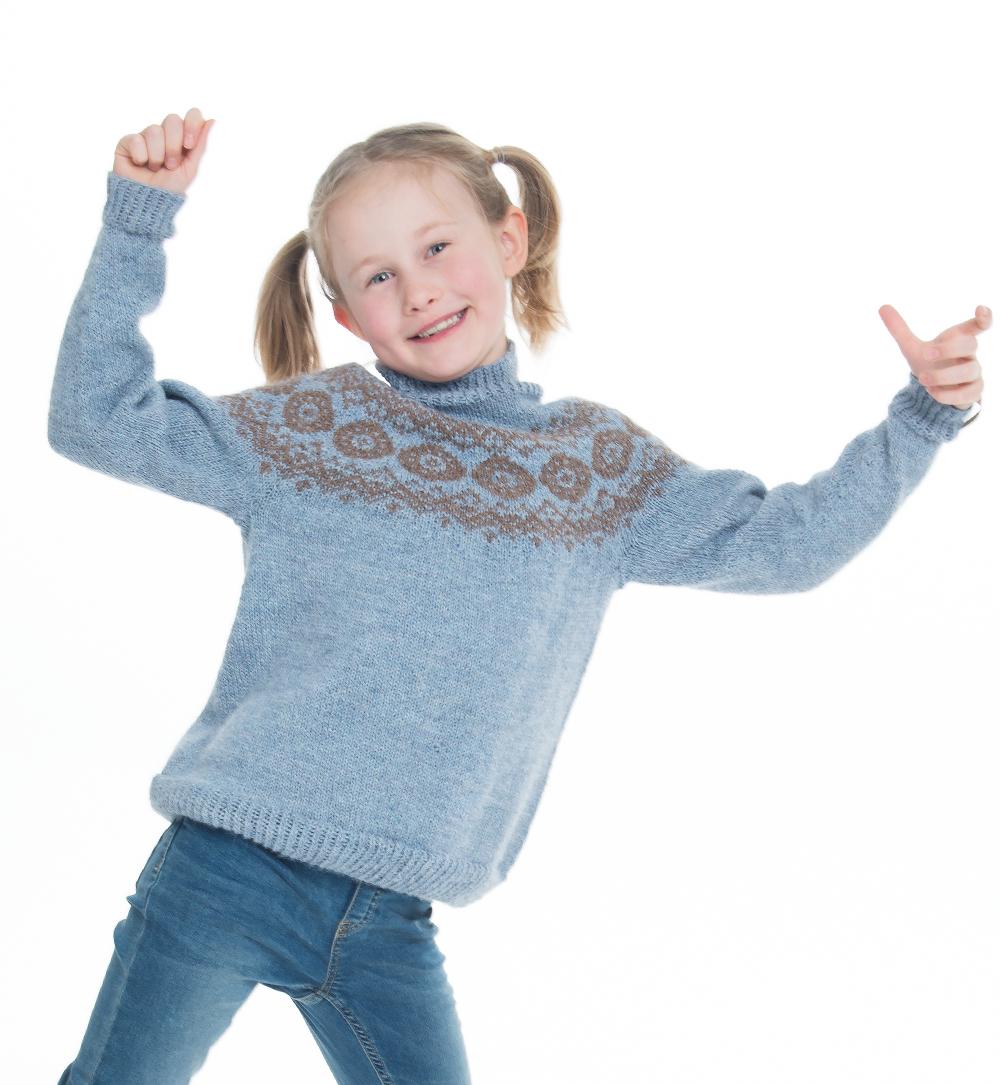 Vinner barnegenser A Knit Story