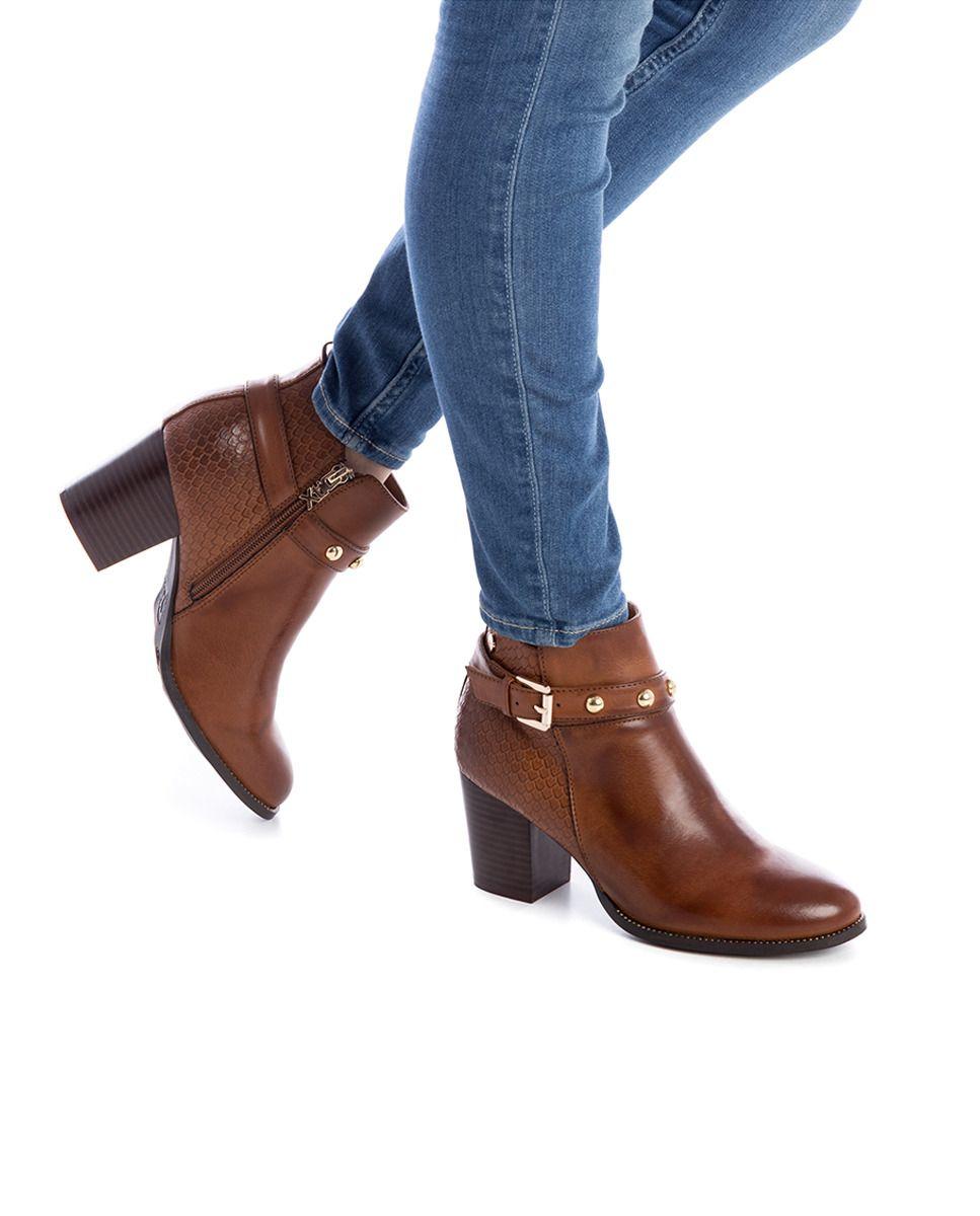14cae7411 Botines de mujer Xti de similpiel color marrón