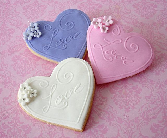 Valentine cookies. The embossing is so cool!
