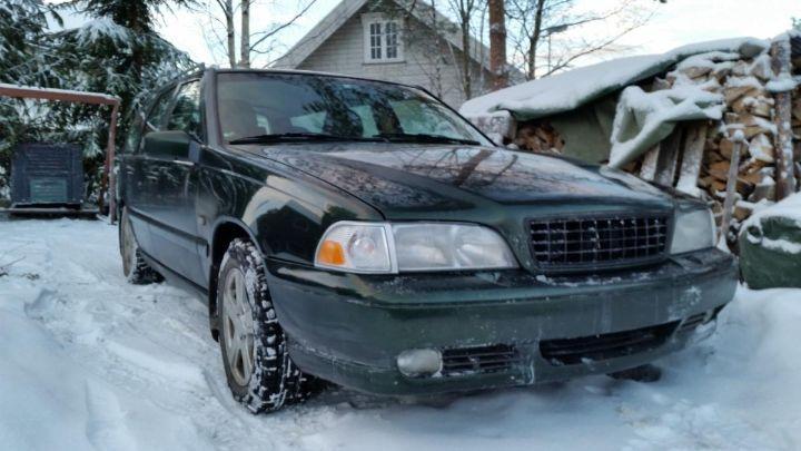 biler til salgs i norge   1998 Volvo V70 2.5 bensin 144 hk, ny i Norge