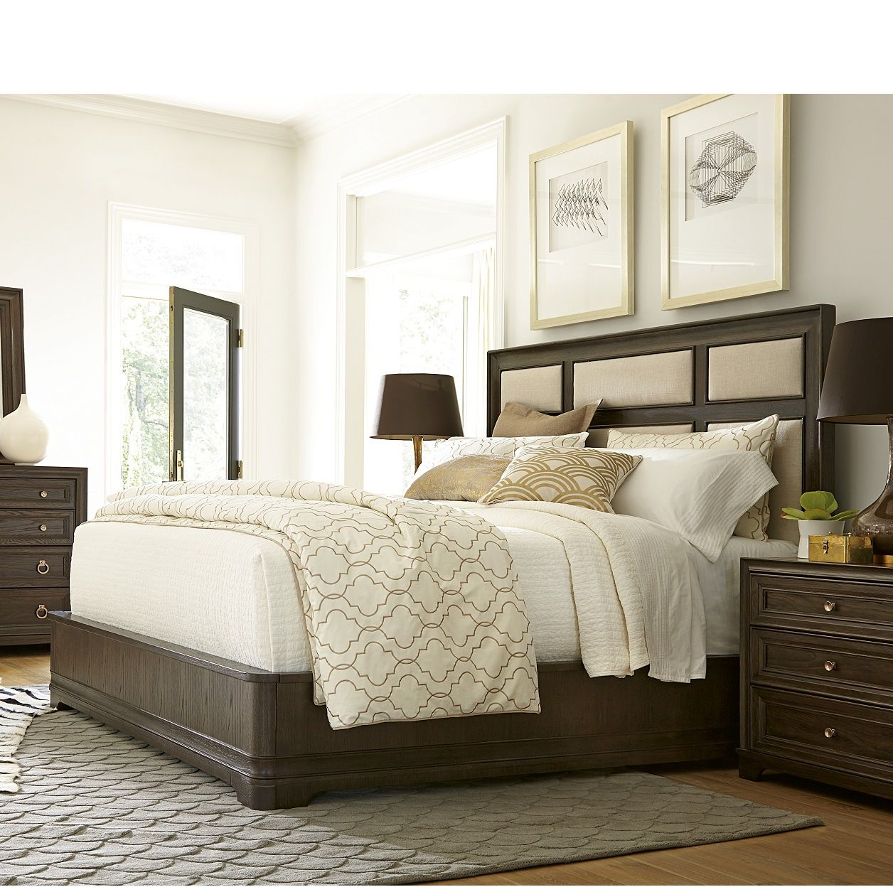 California Rustic Oak King Upholstered Panel Bed (With