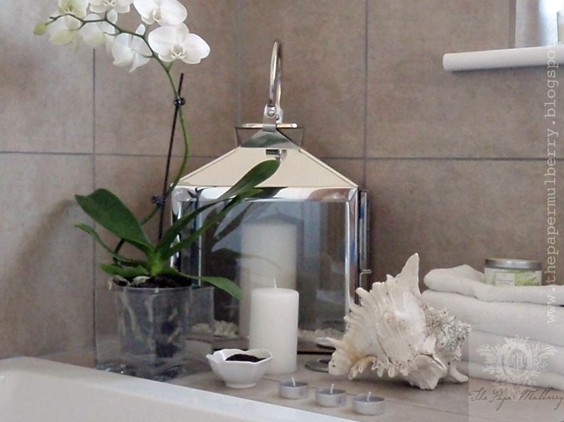 How to decorate with tea lights spa bathrooms bathroom for Bathroom decor with candles