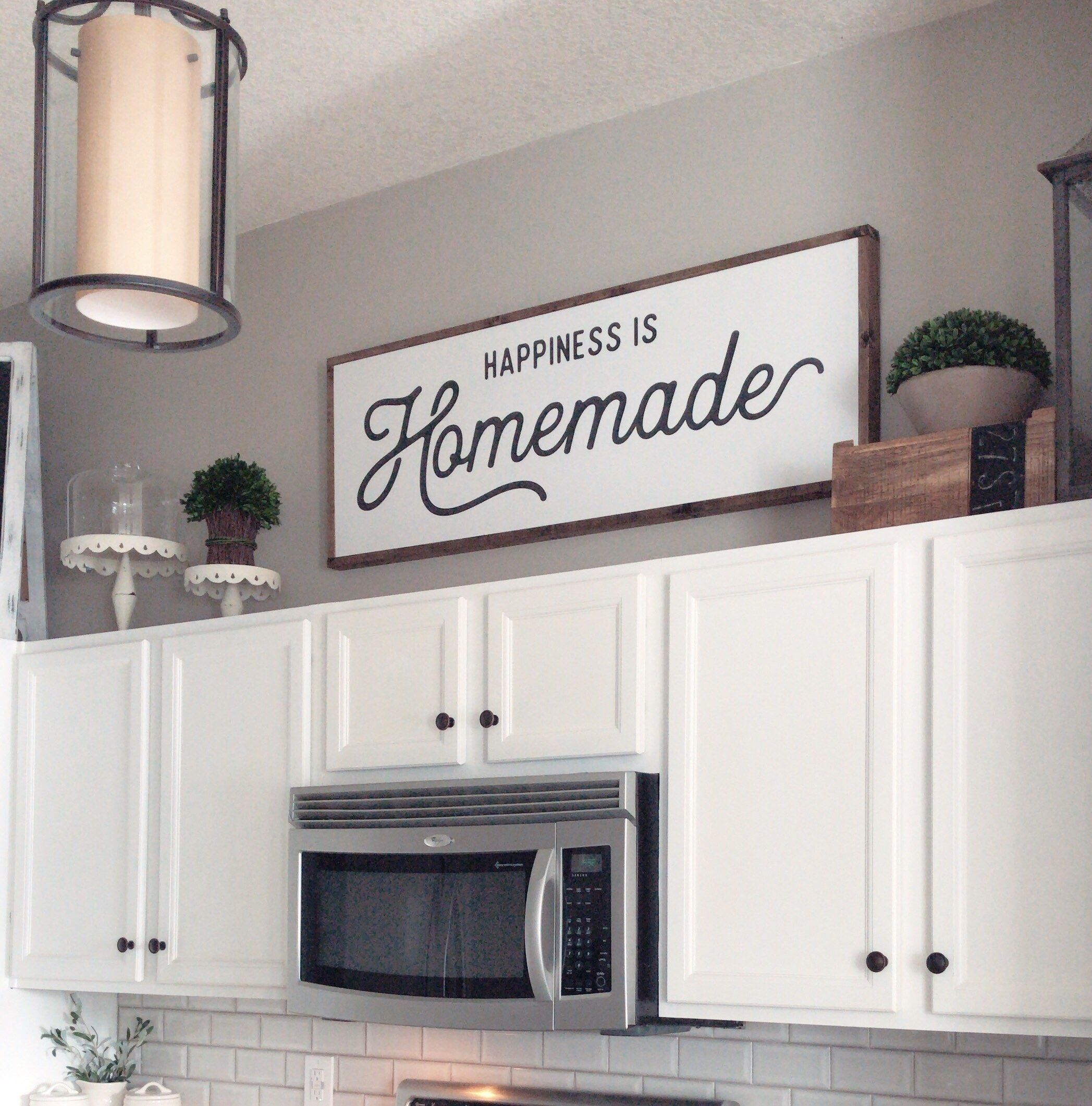 Pin By Emily Demeis Neiderman On Kitchen Decorating Farmhouse Kitchen Decor Kitchen Cabinets Decor Wall Decor Living Room