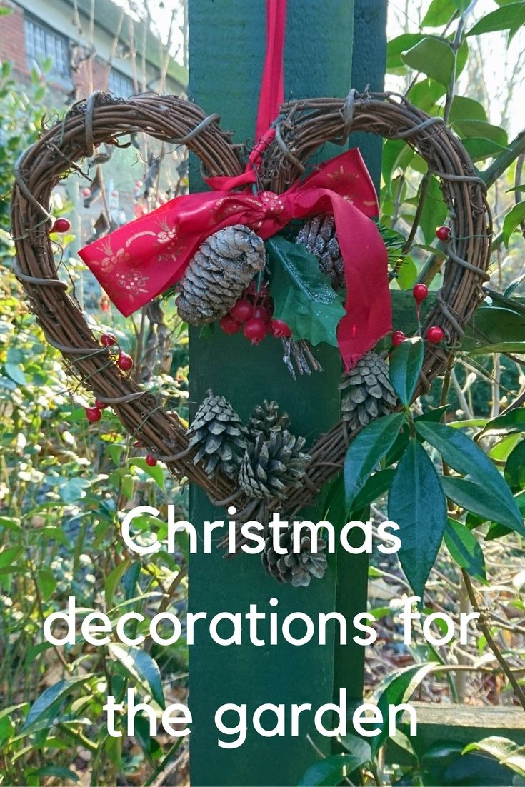 Garden decor tree  Christmas garden decorations  how to be festive and wildlife