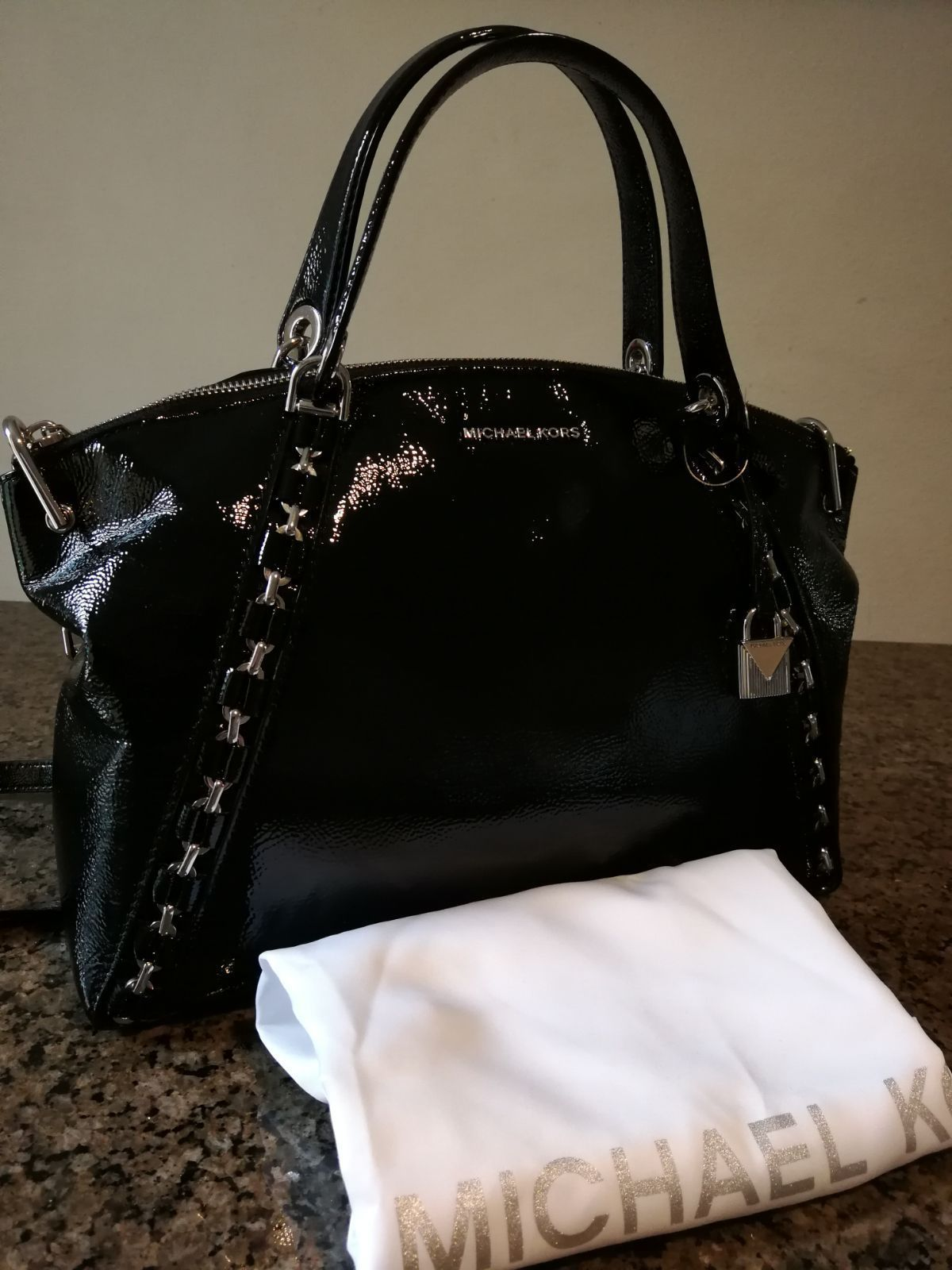 cfc7a2477a5f39 NWT Michael Kors Large Patent Leather Sadie Satchel Crossbody in Black $398