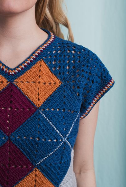 Fair & Square Argyle Top - I Like Crochet #grannysquareponcho