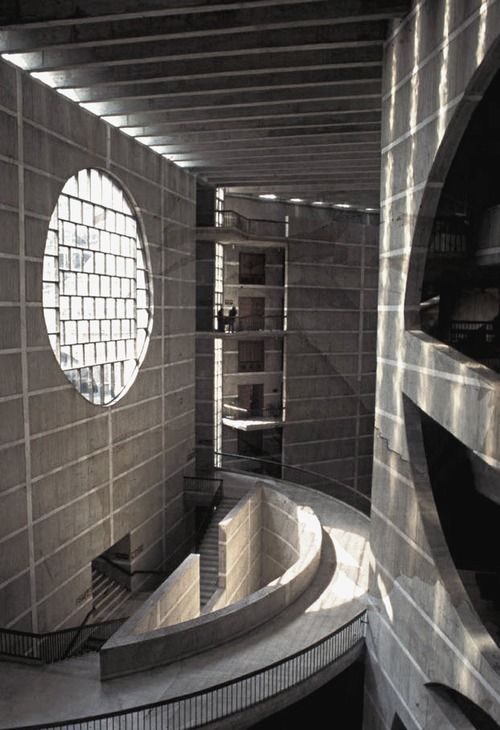 Louis I. Kahn. National Assembly of Bangladesh, 1961-82 Dhaka.