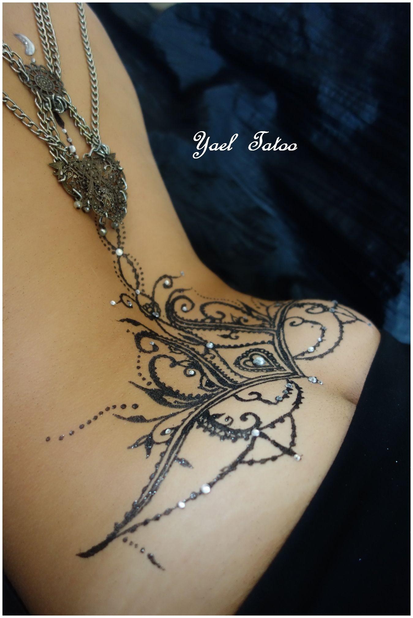 Tatouage Henne Sensuel Bas Du Dos Tatouages Sensuels Sexy Tatoos