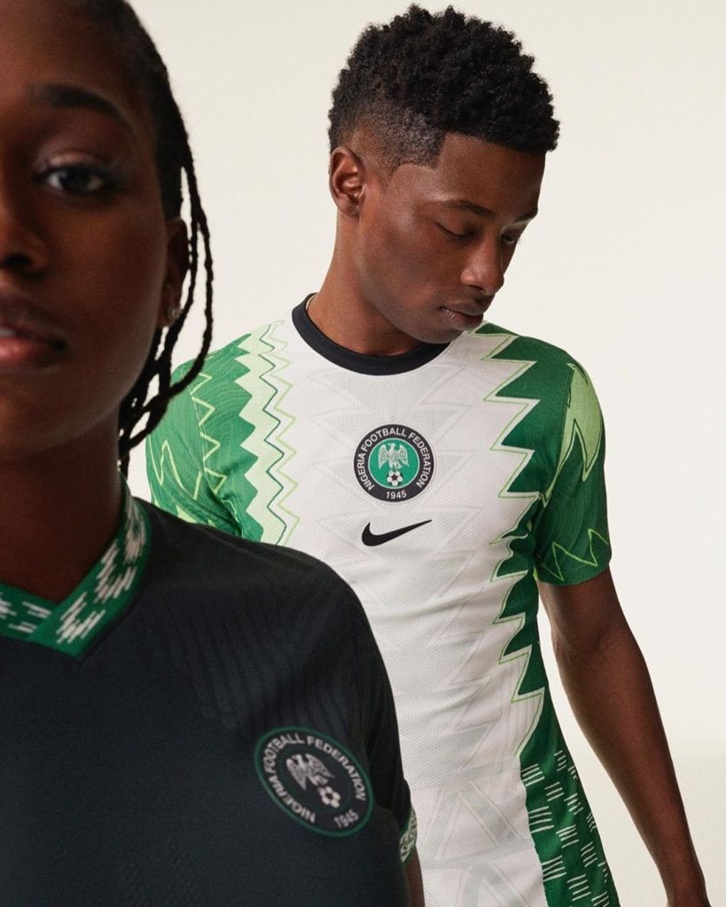 Nike Has Produced Another Master Class Nigeria Super Eagles Jersey Inspired By Traditional Agbada Is Unveiled Photos Loudspea In 2020 Eagles Jersey Trending Topics