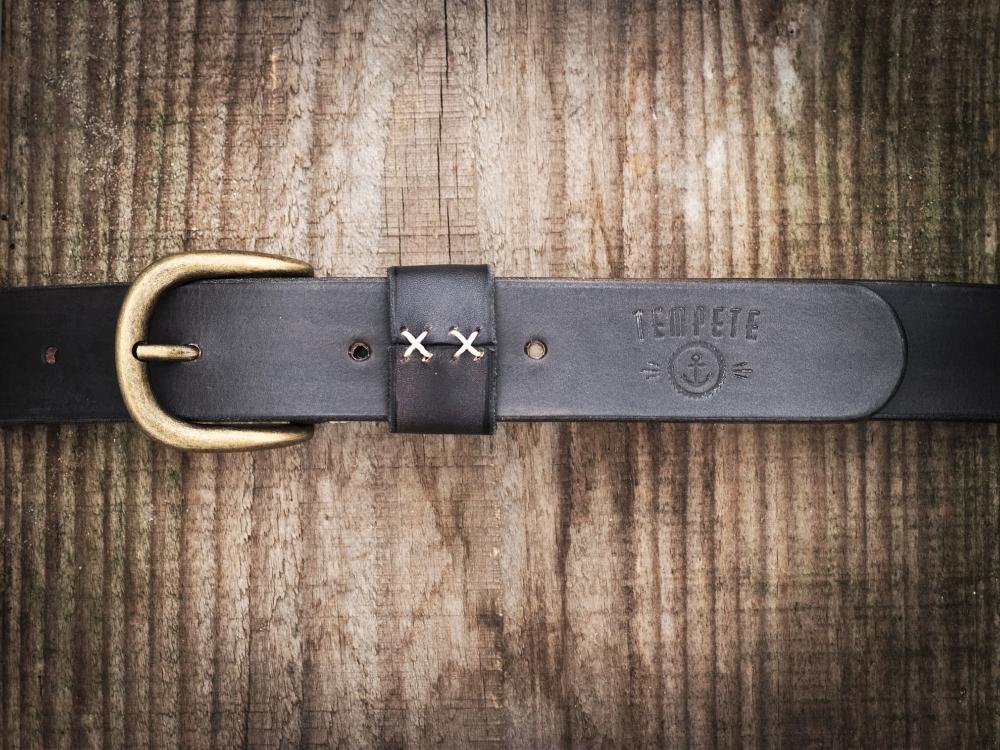 Leather belt, black vintage color, robust, brass buckle, made in France. Mens leather belt. Vegetanned leather