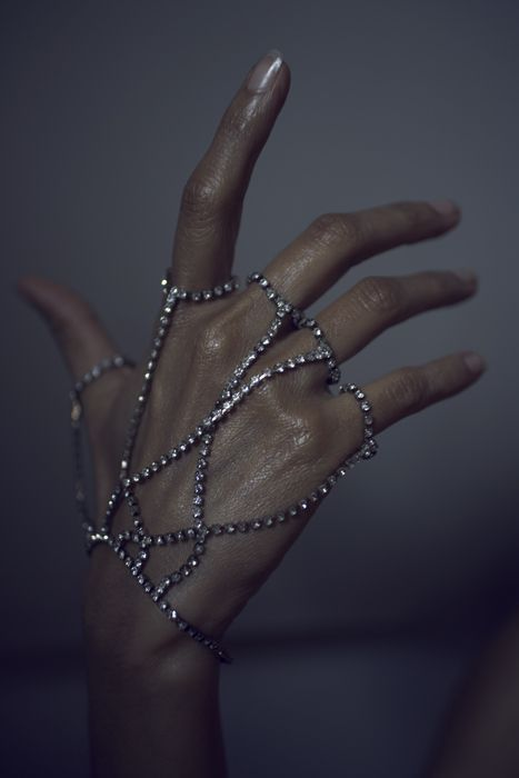 http://payload.cargocollective.com/1/1/44082/554271/08_jewels.jpg