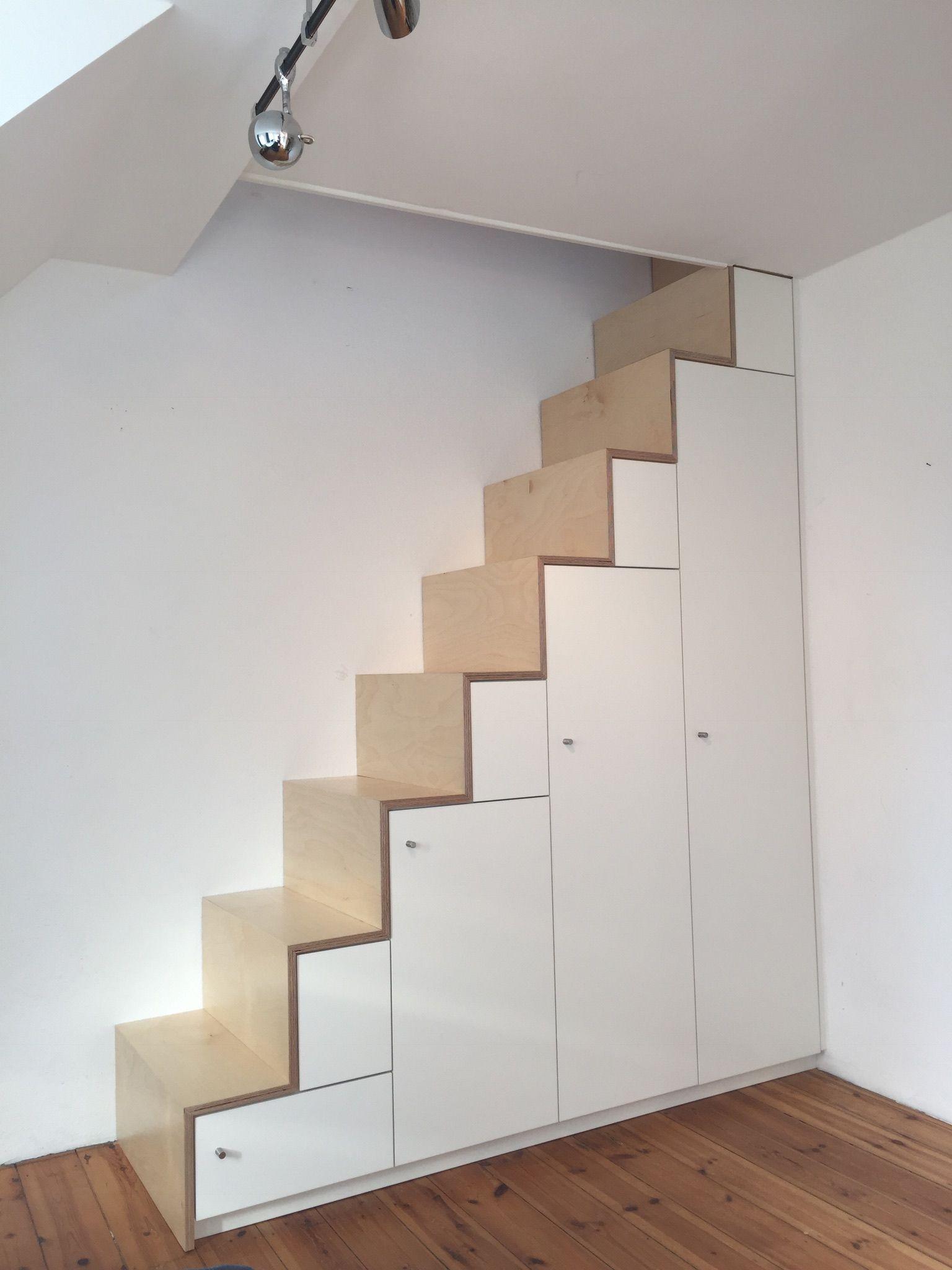 regal treppe