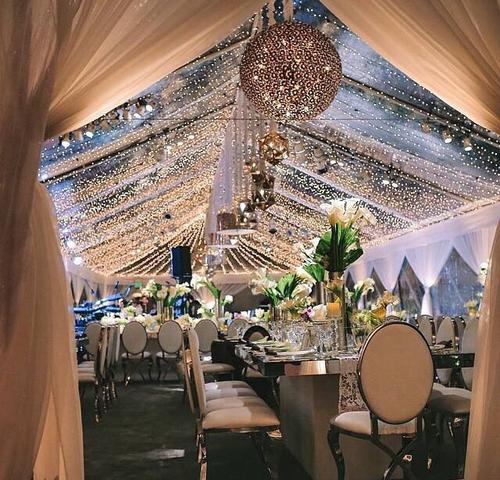 Sophisticated #decor -  #wedding hall -  gold