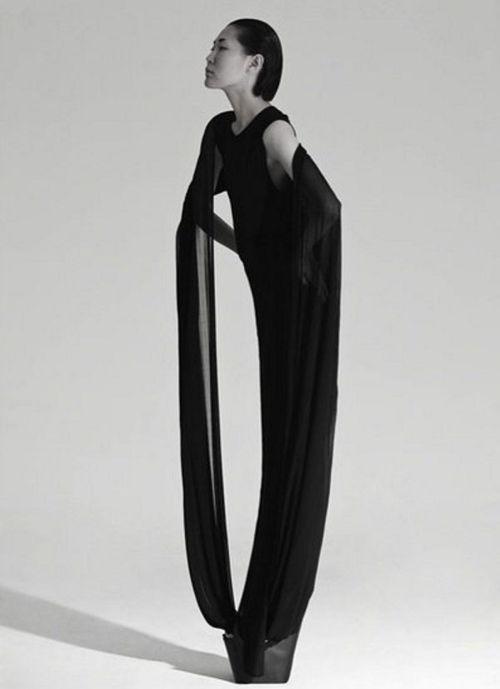 Qiu Hao - Chinese fashion designer