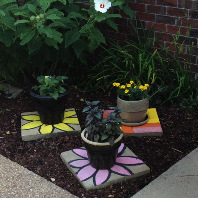 Painted Garden Stones: Best 25+ Painted Stepping Stones Ideas On Pinterest