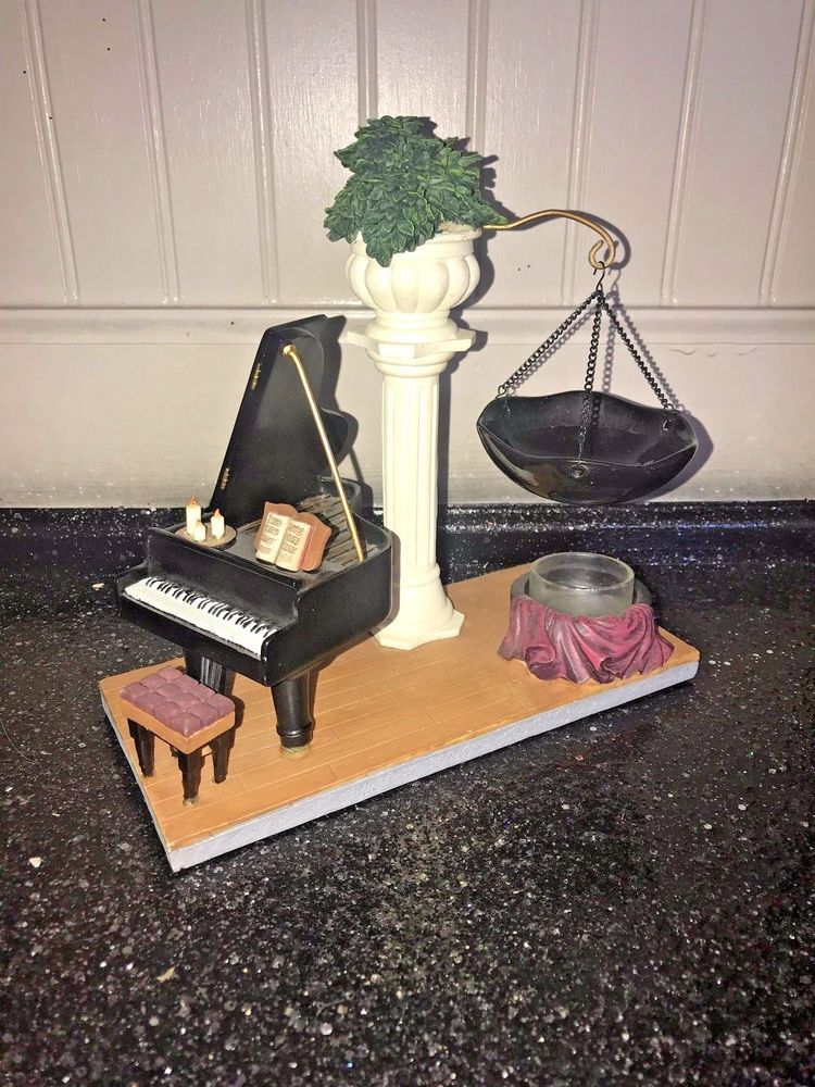 Yankee Candle Baby Grand Piano Hanging Tart Warmer