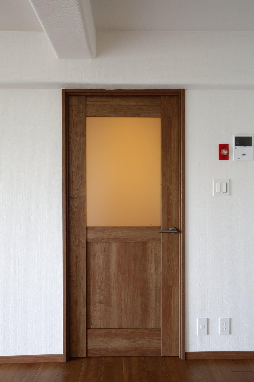 ベリティス開き戸lb型 チェリー柄 リビング ドア ガラス ドアの