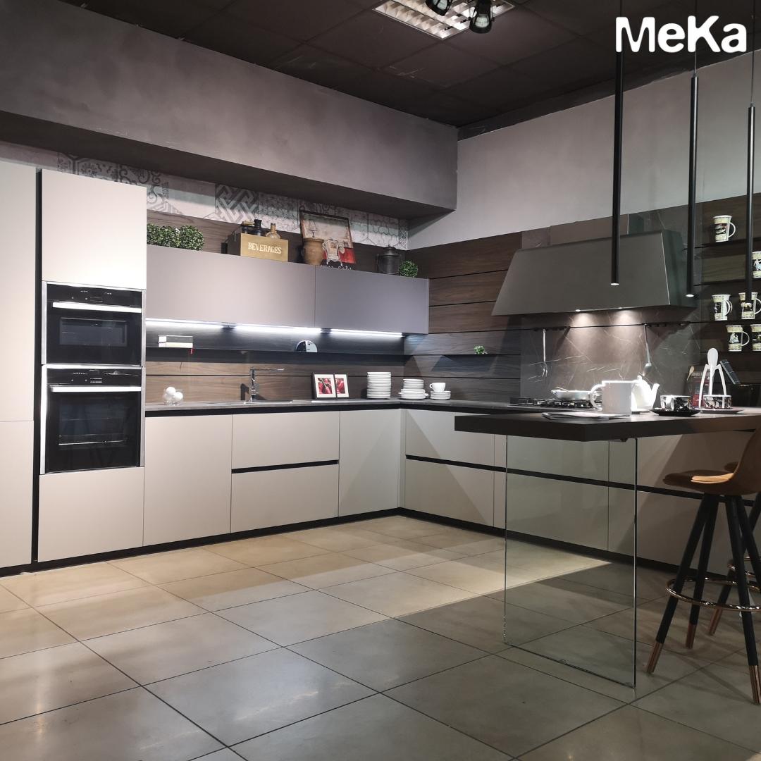 Pin di Meka arredamenti su Cucine Moderne di Arredamento nel ...