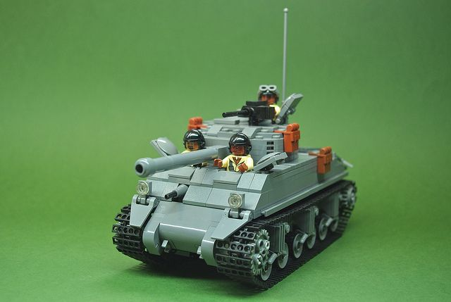 LEGO M4A3E2 Sherman