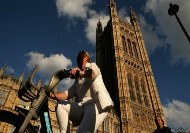 الناخبون في بريطانيا يدلون بأصواتهم في الانتخابات العامة - http://bit.ly/1IiG8Qy