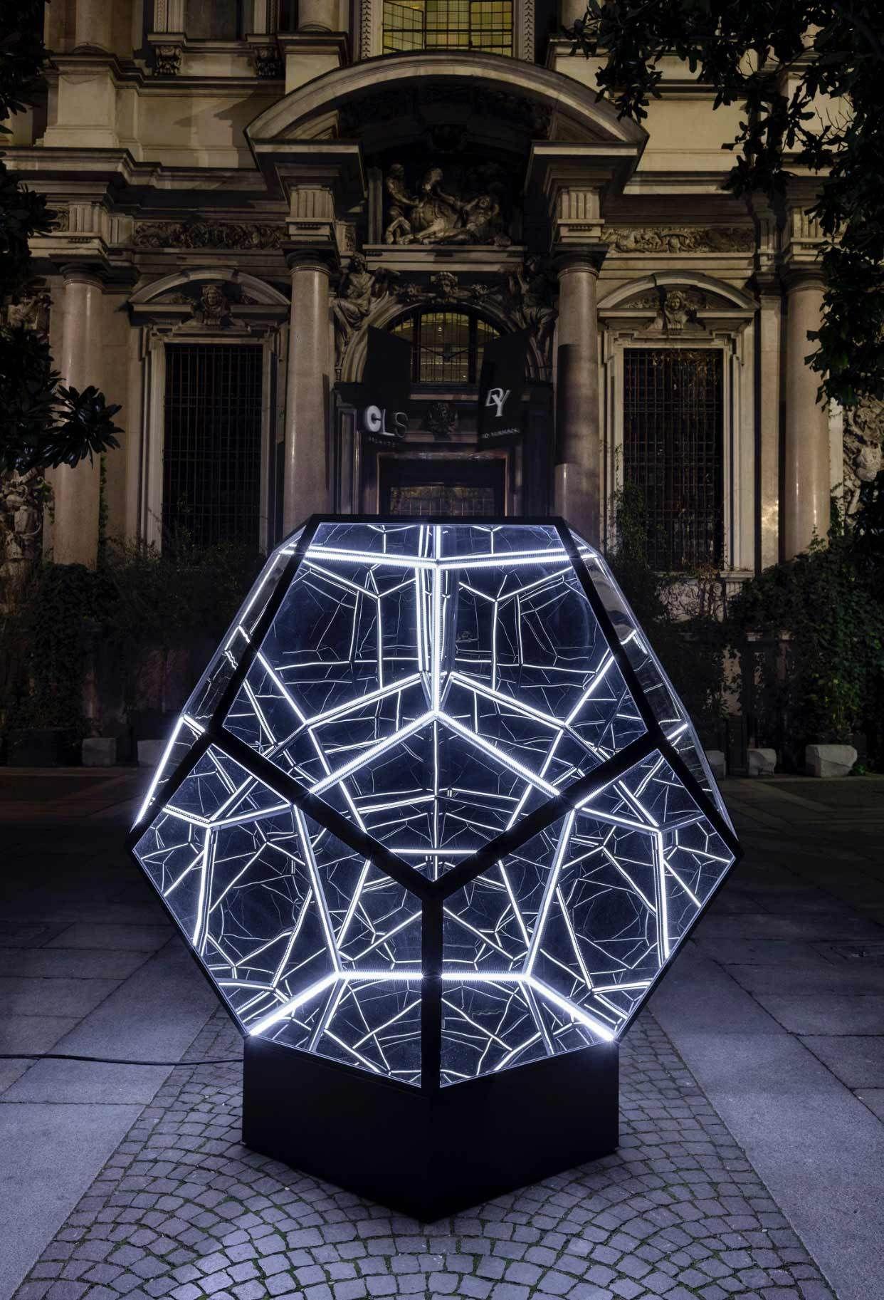 anthony-james-euhdral-sculptures-2 #lightartinstallation