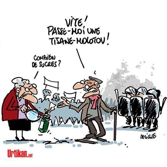Macron T Es Foutu Les Retraites Sont Dans La Rue Urtikan Net Humour Politique Calin Gif Humour Potache