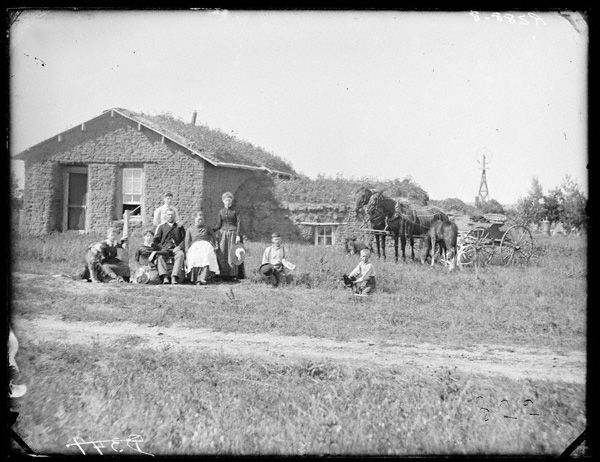 J C Tobias Family In Front Of Sod House Sargent Ne 1886 Wild