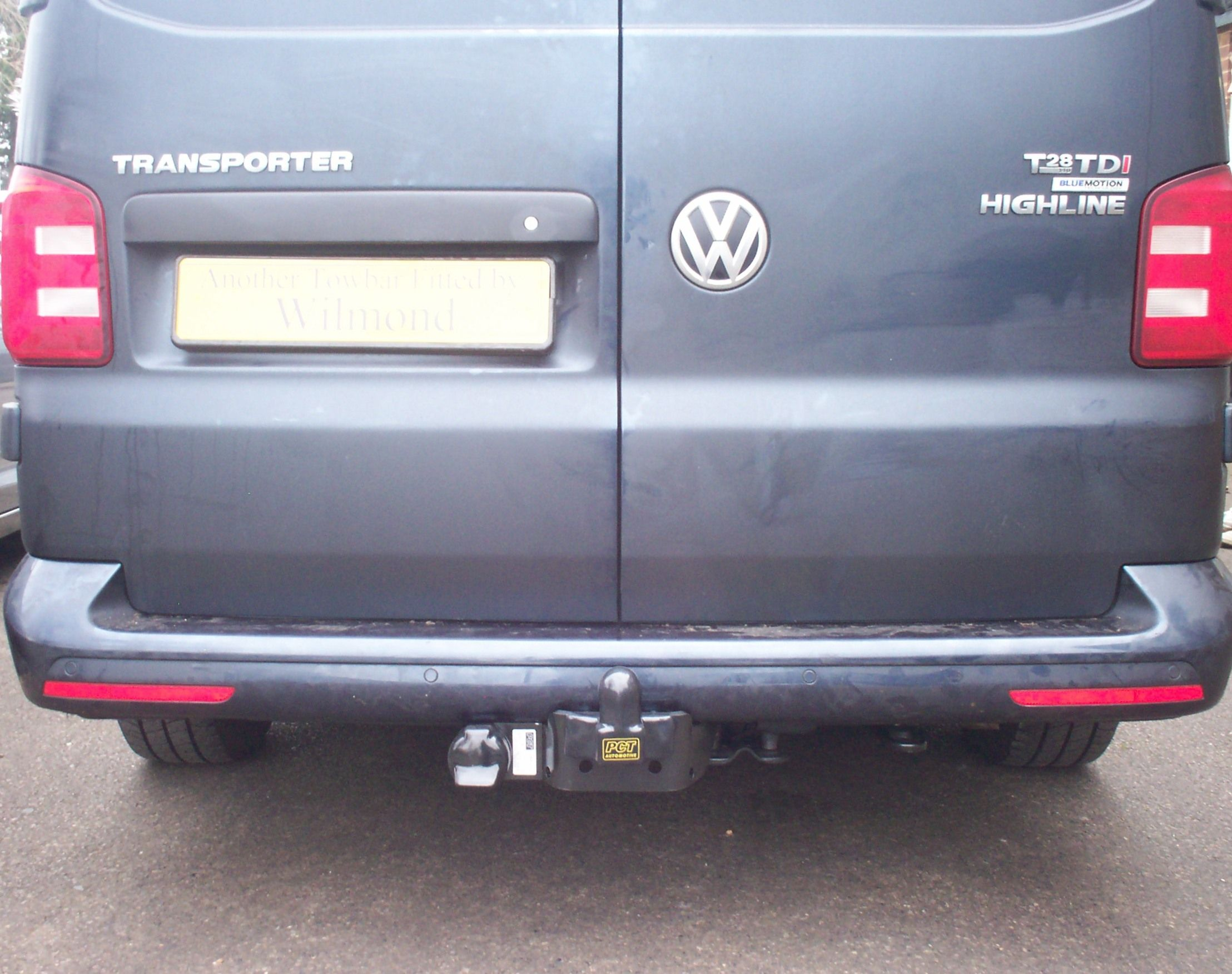 A Volkswagen Transporter T6 with a PCT Automotive flange