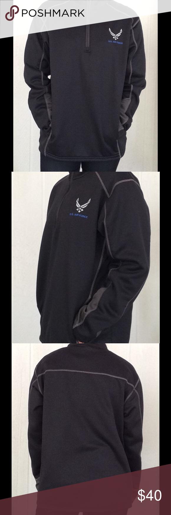 UNDER ARMOUR HOODIE EUC Pullover style sweatshirt