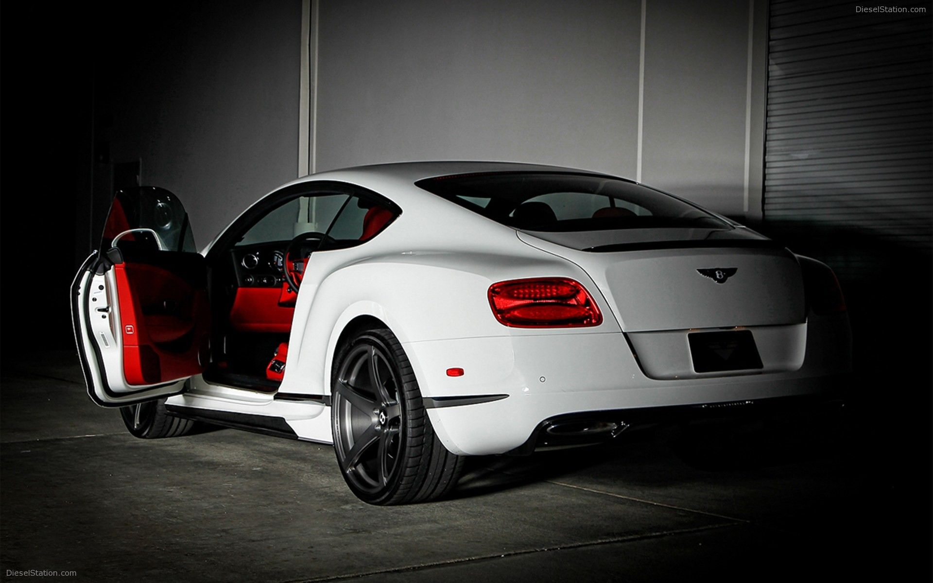 Bentley Continental Coupe 2012