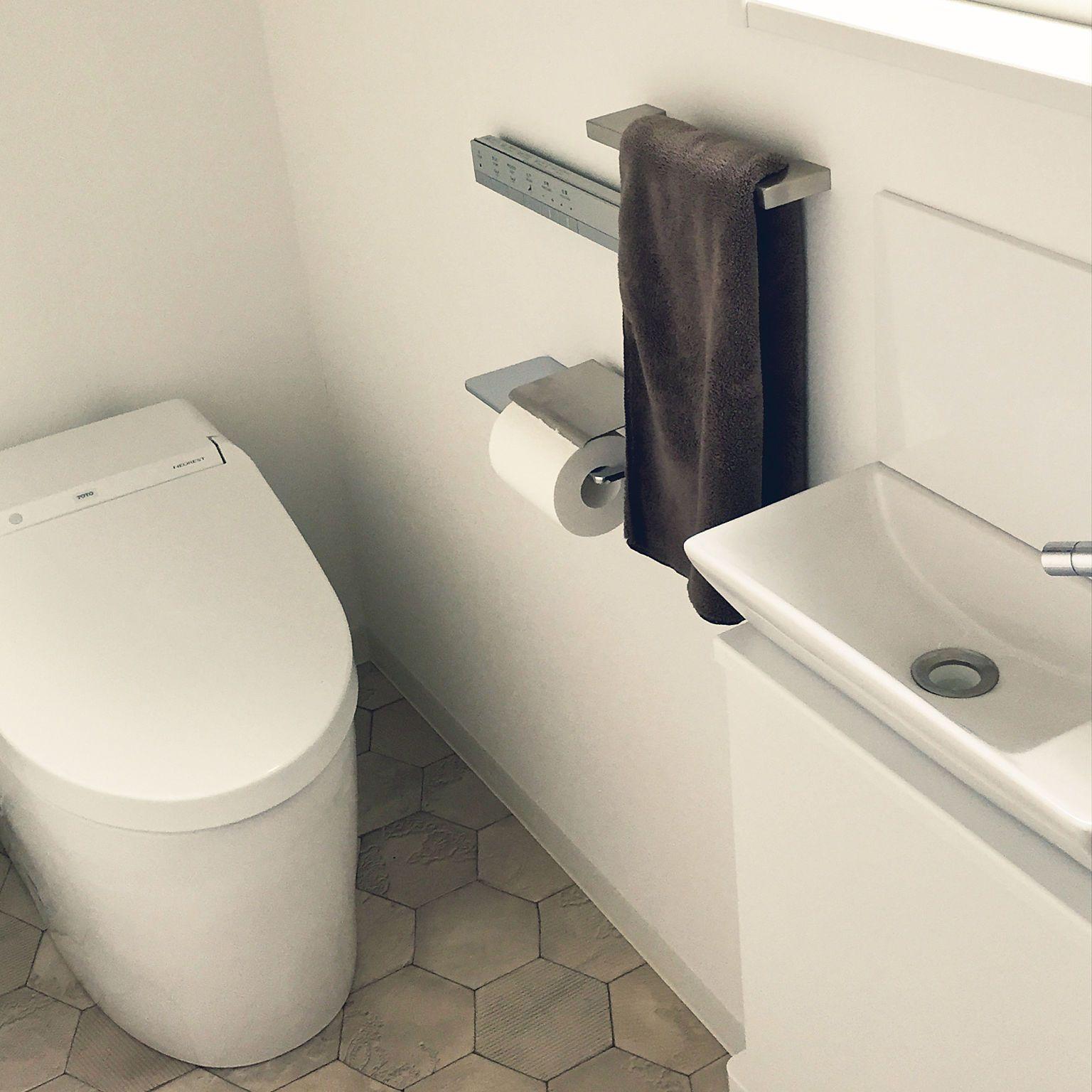 バス トイレ Totoトイレ スティックリモコン カワジュン 手洗い器 などのインテリア実例 2018 11 17 02 17 49 Roomclip ルームクリップ カワジュン トイレのデザイン 手洗い器
