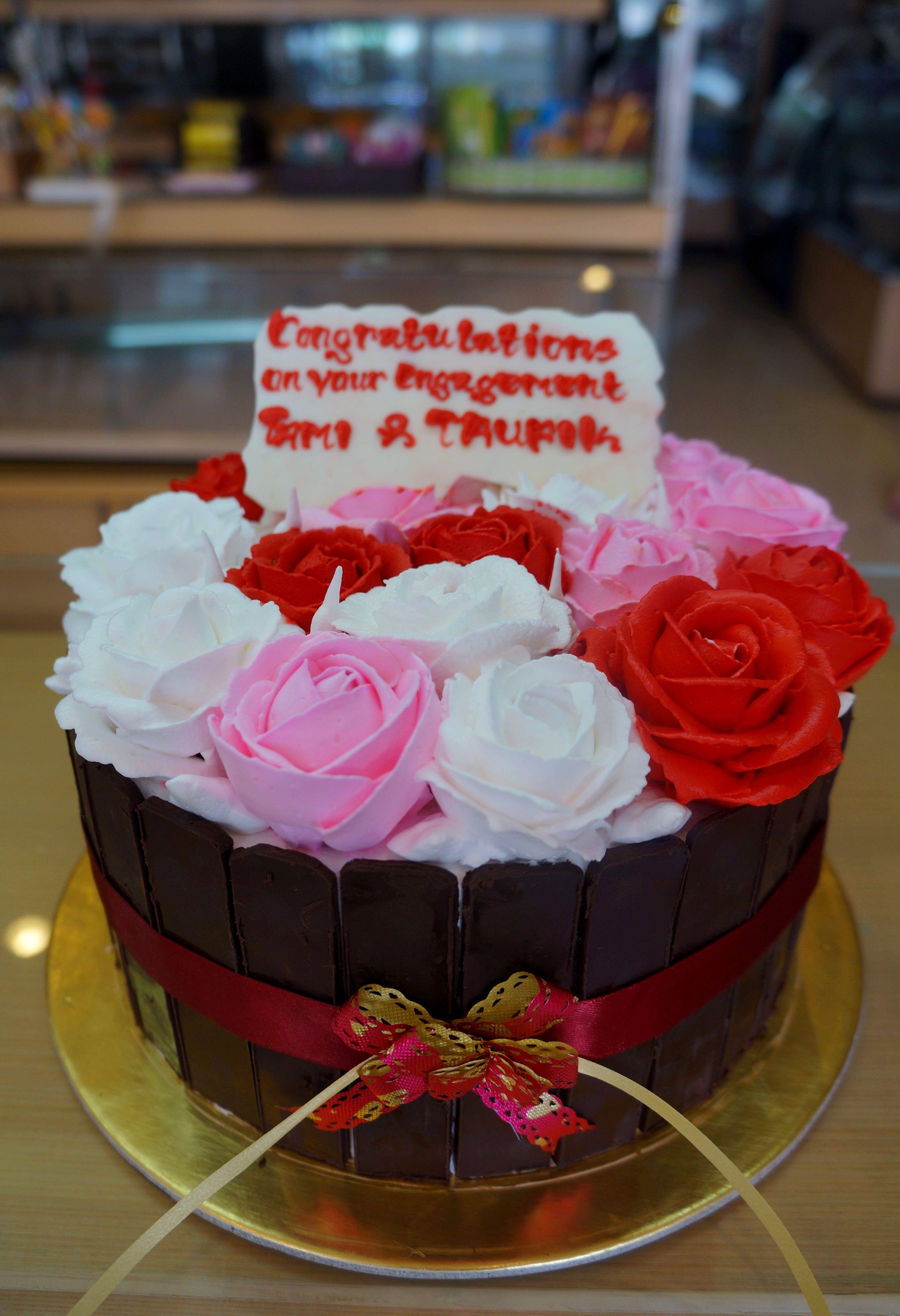 Birthday Cake Cirebon Cake Ulang Tahun Cirebon Kue Ulang Tahun Cirebon Custom Cake Cirebon Cake Karakter Cirebon Strawberry Del Kue Ulang Tahun Ulang Tahun