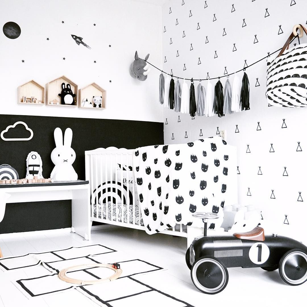 Scandinavian Baby Nursery: Dramatic Mix Of Patterns In A Black And White Scandinavian