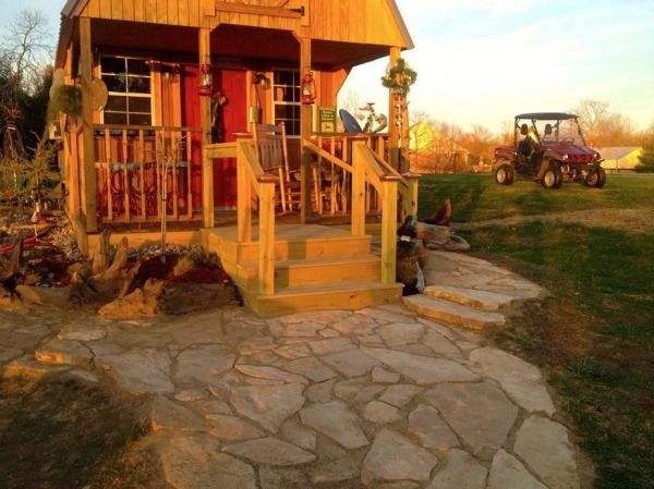 Womans 300 Sq Ft Tiny Cabin In Southern Indiana 0011 600x449 300 Sq. Ft.