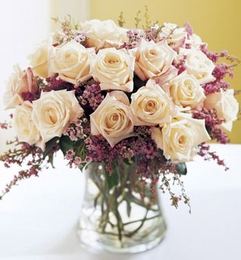 Chic Bouquet باقة شيك Amman Jordan Flowers ورود عم ان الأردن We Deliver Flowers Gifts Free توصيل مجاني للورود و الهدايا Cheap Wedding Flowers Wedding Flower Arrangements Coral Wedding Flowers