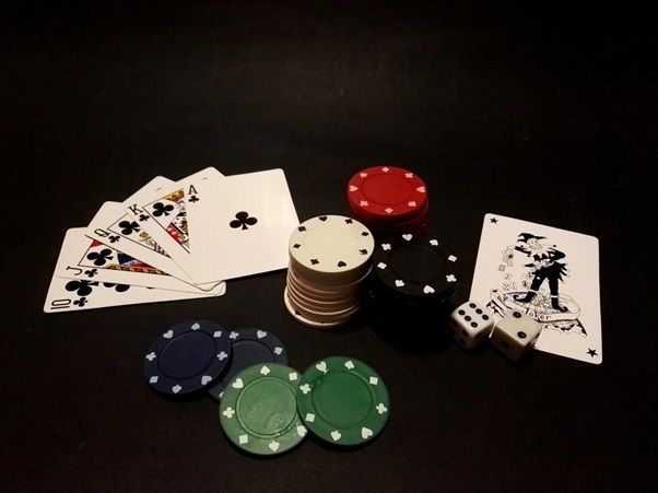 That Poker Is In Fashion Is Something That Can Not Be Denied Each Year More And More Fans Join This Card Game And Bett Casino Royale Poker Linkin Park Soldier