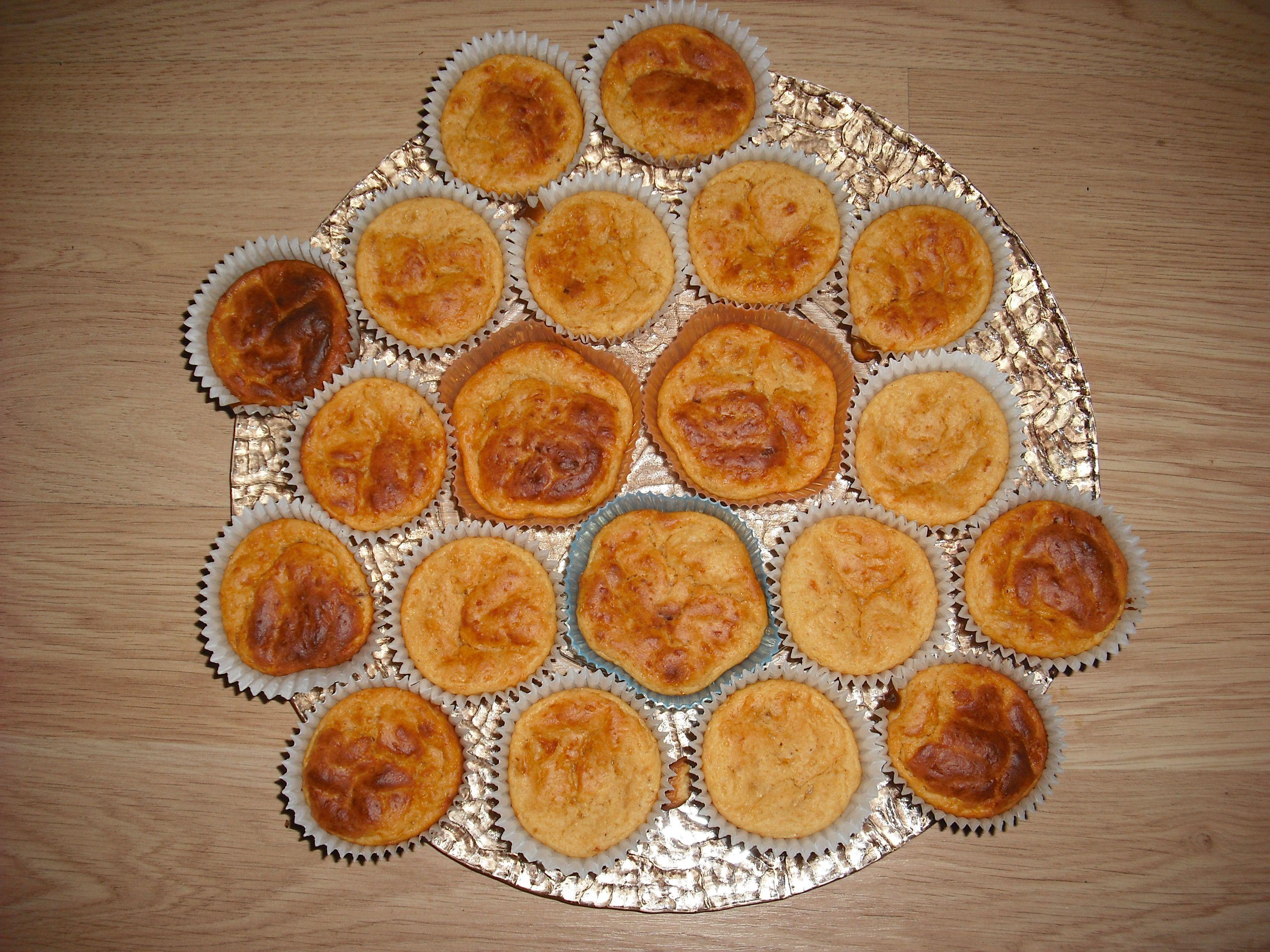 Muffins de queso y sobrasada | Delicious Marta