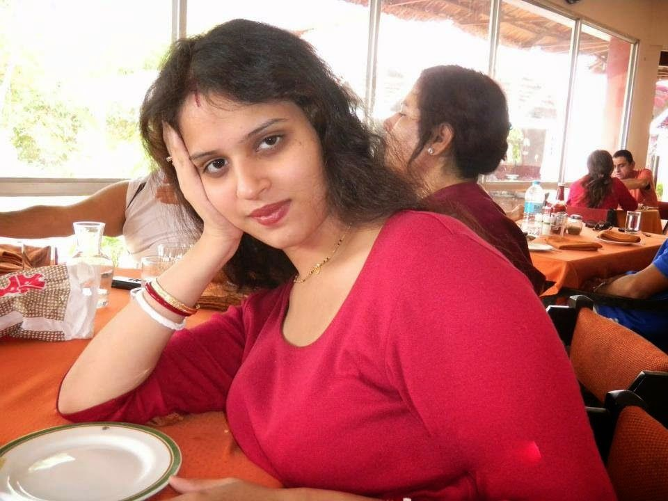 Beautiful Indian Local Girls Cute Sexy Images  Desi Girls -9364