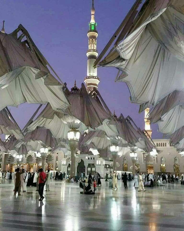 اشتقت إلى فجر المدينة المنورة اللهم ارزقنا صلاة الفجر قريبا فى المسجد النبوى Medina Mosque Most Romantic Places Beautiful Sights