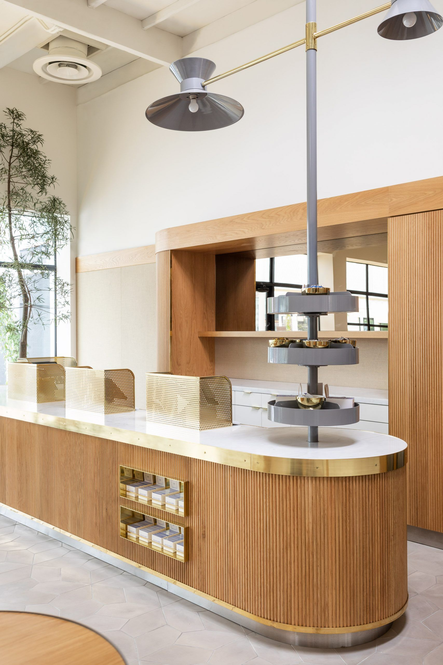 Commune designs Los Angeles dispensary to be airy and