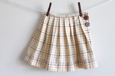 e2cef009fa Back to School Pleated Uniform Skirt...tutorial found on Sew, Mama, Sew!  blog...want to make it for my daughter for school next fall
