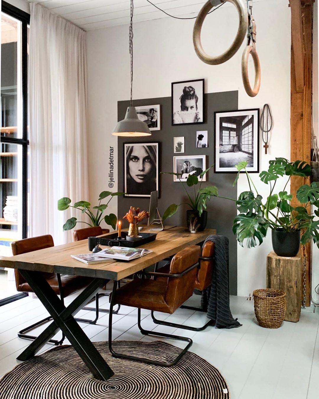"""Photo of Jellina- Content Creator on Instagram: """"Een Urban Jungle, that's what I love 💚 Ons huis staat echt vol met planten! Het kan mij niet gek genoeg zijn. In de badkamer, slaapkamer,…"""""""