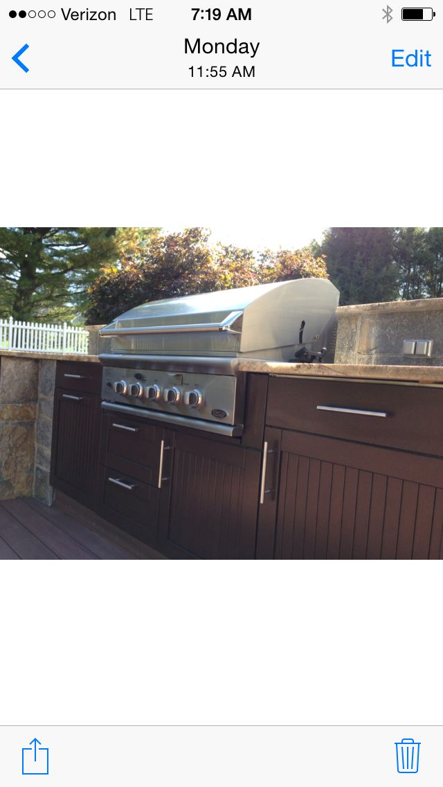 """Out with the """"stand alone grill"""" and in with a much grander design enables the homeowners to l… http://wp.me/pxCai-11p via @PreferredWorld"""