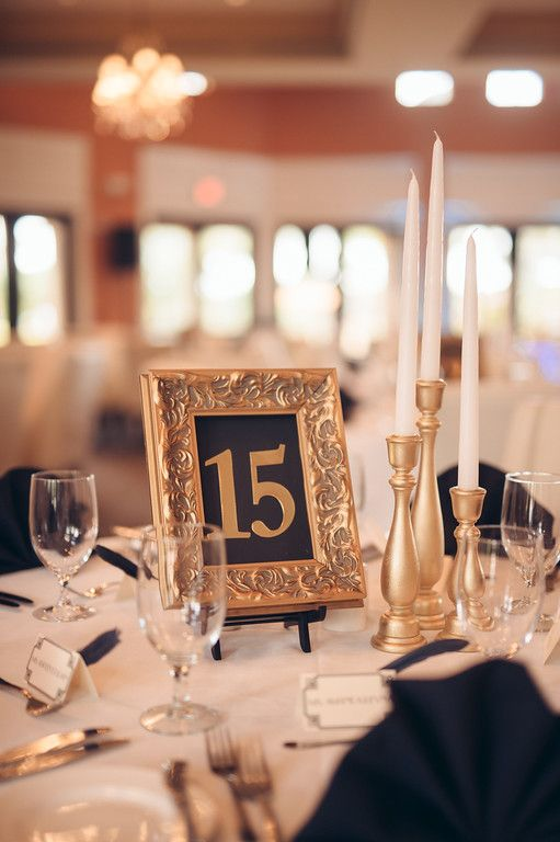 Great Gatsby-themed tablescapes for wedding reception   Matt Steeves Photography
