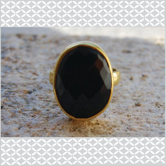 gold and black onyx ring to remind my of that beautiful ring I once wore
