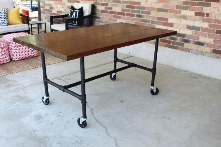 Oder optional rollen montieren und einen mobilen for Arbeitstisch kuche selber bauen