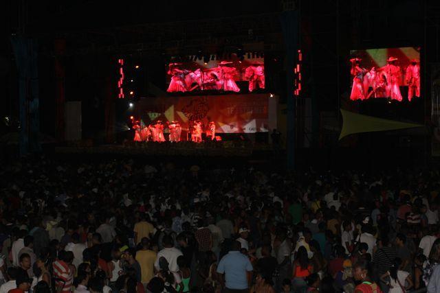 El público disfrutando la marimba.  Miltón Ramírez/MinCultura 2012