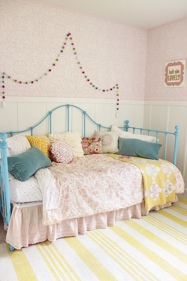 cute and pretty little girls bedroom makeover romantic lace stencils and colorful decor. Black Bedroom Furniture Sets. Home Design Ideas